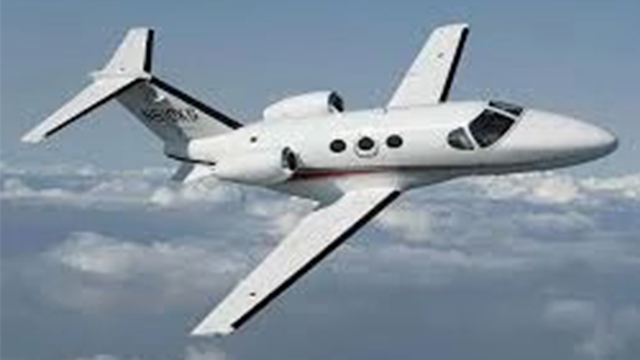 Jatos Executivos - Tripulação certificada; Hangar